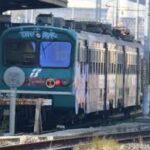 treno pendolari 2