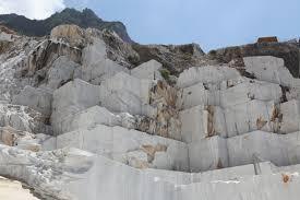 carrara marmo apuane cava michelangelo 2
