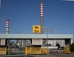 Novaradio citt futura eni in sciopero i lavoratori dell for Ditte traslochi livorno