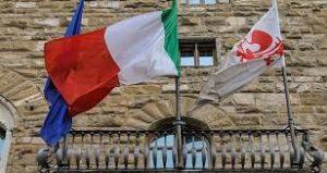 bandiera italia repubblica palazzo vecchio