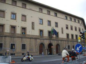 Caserma_della_Scuola_allievi_ufficiali_dei_Carabinieri,_Firenze