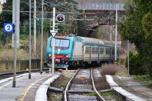 treno_regionale_linea_pistoia_lucca_5